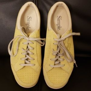 Simple suede tennis shoes size 7.5